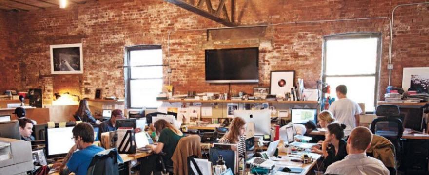 Офис в стиле лофт: рабочее место с характером