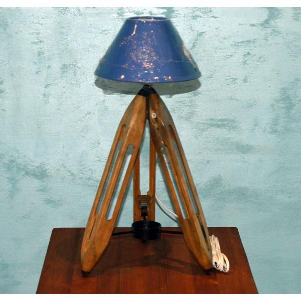 Настольная лампа «Челнок»