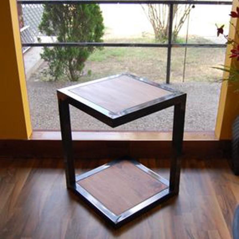 Прикроватный столик «Морган»